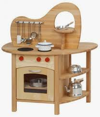 if you re on the look out for wooden play kitchen set for your toddler then this smarter per review is just for you in this brief post