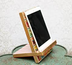 decoupage wooden tablet stand