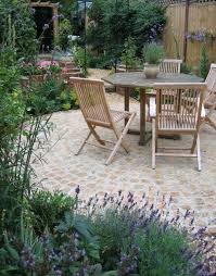 small cottage garden ideas cottage