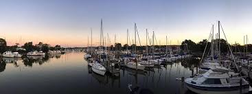 deale maryland is a small town that is all about fishing home to over 40 charter fishing boats deale provides easy access to the chesapeake bay for