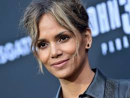Halle Berry Spills 4 Easy Steps To Her Skin Care Routine Newbeauty