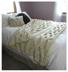 Cosy Interior Design With Cable Knit Throw For Extra Warmth And Comfort:  Exciting Bedroom Design