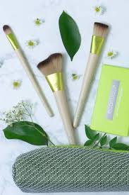 9 vegan makeup brushes for a flawlessly