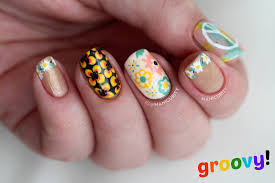 Manicurity: The Digit-al Dozen: Can You Dig This Freehand ...