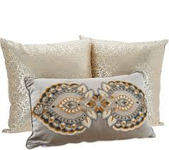 Vivere Home Set of 3 Decorative Throw Pillows - H213286