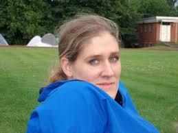 Name: Birgit Hoffmann. Spitzname: --- Geburtsdatum: 07.01. 1978. Alter: 30. Voltigiert seit: 1983. Hobbies: Volti, Joggen, Radfahren, Lesen - alsfeldbirgit