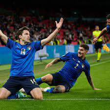 كأس الأمم الأوروبية 2021: إيطاليا تعاني أمام النمسا وتتأهل إلى ربع النهائي