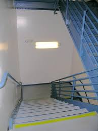 stairwell lighting. ET11SCE5030 Hybrid LED/Fluorescent Bi-Level Stairwell Lighting L