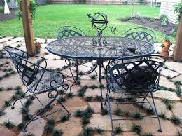 painting patio furnitureBeachBrights Painting Metal Patio Furniture
