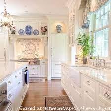 50 Inspiring Traditional Victorian Kitchen Remodel Ideas Victorian Homes Victorian Kitchen House