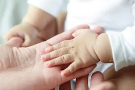 「代理出産 写真」の画像検索結果