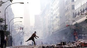Confirman condenas pero ordenan rever penas a los responsables de la  represión del 2001 - Télam - Agencia Nacional de Noticias