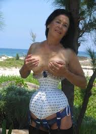 Erotic spanish mature women