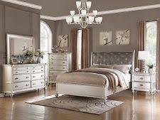 king bedroom sets. 4PC TRANSITIONAL METALLIC SILVER FINISH TUFTED WOOD QUEEN CAL KING BEDROOM SET King Bedroom Sets