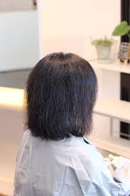 チリチリしたくせ毛にはストレートパーマでしょう 本物の天然100へナ