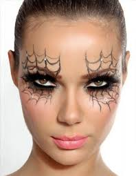 spiderwebs eyes makeup look