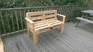 wooden pallet patio bench