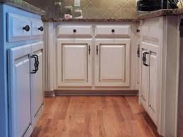 glazed kitchen cabinets pictures painted and glazed kitchen cabinets modern kitchen