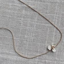 <b>Delicate Flower</b> Necklace – Peachy's <b>Fashion</b>