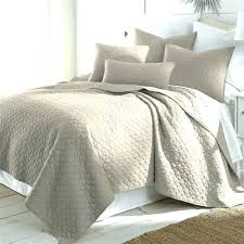 Machine Washable Quilts – co-nnect.me & ... Machine Washable Quilt Batting This Twin Size Cotton Quilt Set In Taupe  Machine Washable Would Be ... Adamdwight.com