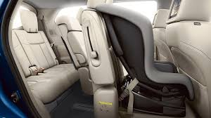 2018 nissan pathfinder ez flex seating system with latch and glide technology