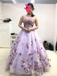 キュートなディズニーコレクションのカラードレスで憧れのプリンセスに