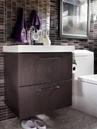 Hgtv Bathroom Remodel modern smallbath makeover hgtv 7913 by uwakikaiketsu.us