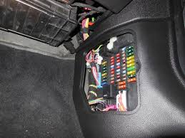 2006 mini cooper fuse box diagram 2006 auto wiring diagram schematic 2009 mini cooper fuse box location 2009 wiring diagrams on 2006 mini cooper fuse box