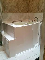 Hotels Large Bathtubs Uk Rooms With Shower Plastic Tub Home Depot. Large  Bathtubs For Two Mixing Tub ...