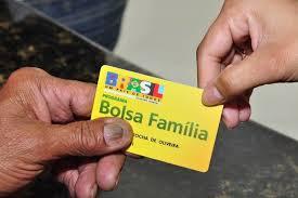 Resultado de imagem para BOLSA FAMILIA
