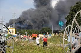 Jul 02, 2021 · eine laute explosion hat am späten freitagnachmittag die anwohner im westen von ohligs aufgeschreckt und dafür gesorgt, dass zeitweise eine hohe rauchsäule über dem stadtteil stand, die sogar. T Dekfl Wwowqm