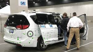 Hundreds in Detroit get their first ride in a driverless car