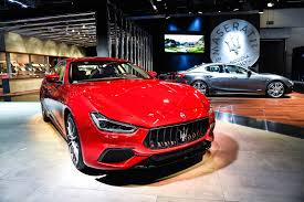 2018 maserati levante shtorm. fine levante 2018 maserati ghibli lands with updated looks more power maserati levante shtorm