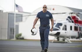 обои кадр тату очки ангар футболка вертолет шлем пилот форма