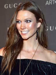 Guess Who Just Chopped Off All Her Hair Karlie Kloss Beautyeditor