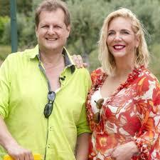 Danni büchner gibt liebesgeheimnis preis: Sommerhaus Der Stars 2018 Jens Und Danni Buchner Leben Ohne Jedes Schamgefuhl Shz De