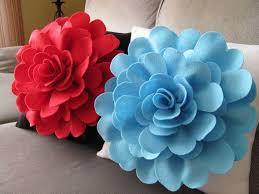 Artculos similares a Felt Flower Pillow Pattern DAISY ROSE Felt Flower  Throw Pillow Cover Pattern with 2 Bonus Pillow Covers Tutorial Pattern PDF  ePattern ...