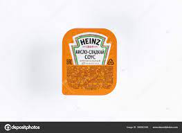 Heinz Sweet Sour Sauce Little Packet White Background – Stock Editorial  Photo © tytbil88 #390062384
