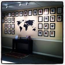 build phillip travel wall decor