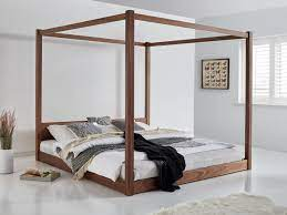 Why Are Four Poster Canopy Beds So Popular