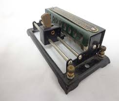 rheostat question classic toy trains magazine here is an end view of a lionel rheostat the two connection binding posts