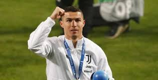 Video newcastle united vs liverpool (premier league) highlights. Cristiano Ronaldo Nets 760th Goal During Juventus Vs Napoli Supercoppa Italiana Netizens Hail Cr7 As He Becomes Highest Goal Scorer Of All Time Check Reactions Watch Video