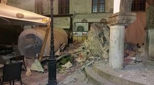 Ege depremi Yunanistan'da can aldı