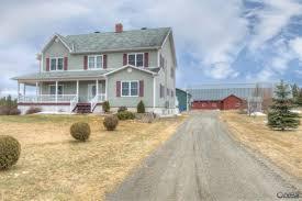 cookshire eaton ferme à vendre avec superbe maison étable 42 x 100 pi et garage chauffé mécanique culture bois 70 arp