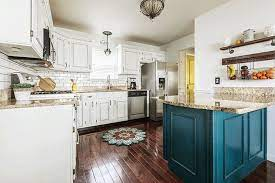 These Are The Worst Kitchen Trends Of All Time Quirky Kitchen L Shaped Kitchen Designs Kitchen Remodel