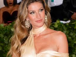 victoria s secret fashion show 2018 makeup inspired by gisele bündchen business insider