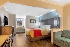 Econo Lodge Byron - Warner Robins Rooms: Pictures & Reviews - Tripadvisor