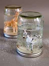 ci buff strickland glitter animal snow globe zebra giraffe s3x4