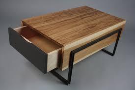 england box coffee table broke very stylish piece finishing walnut wooden finishing central