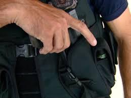 Resultado de imagem para agentes de transito armado